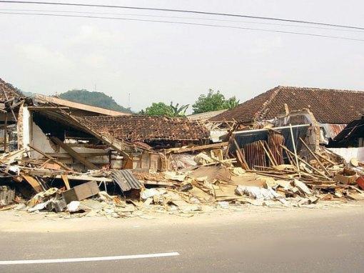 Bencana Gempa Yogyakarta